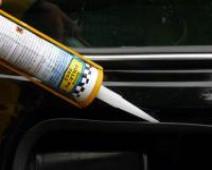 Colle polyuréthanne noire anti-corrosion